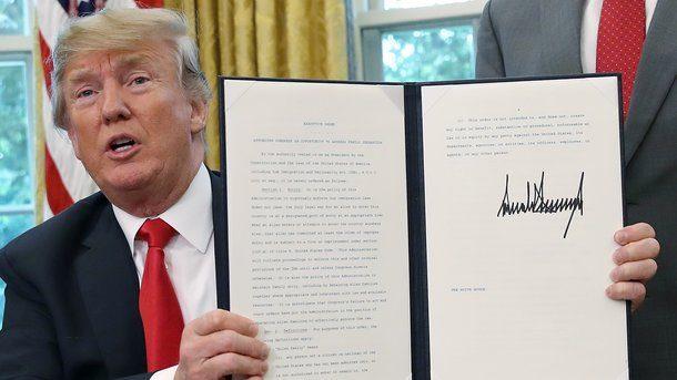 Трамп приказал не отбирать детей у мигрантов