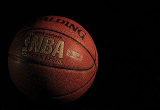 В стартовой игре Лос-Анджелес Лейкерс в сезоне НБА не выпустили Михайлюка