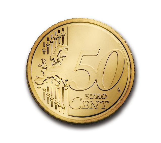 Курс евро упал на 10 копеек