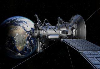 Запущенный в 1998 году американский спутник, разрушился на орбите