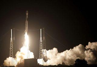 SpaceX вывела на орбиту спутник связи Индонезии и лунный аппарат Израиля