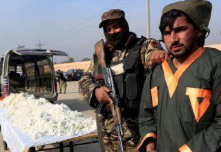 В Афганистане талибы похитили 27 участников шествия за мир