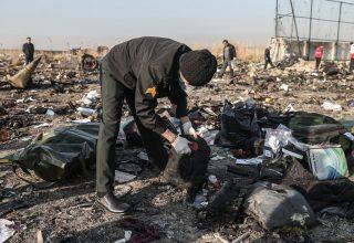 Украина и еще четыре страны создали группу помощи родным погибших в крушении боинга в Иране