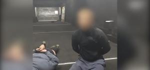В Минске сотрудники ОМОНа задержали двух жителей города, разливавших коктейли Молотова