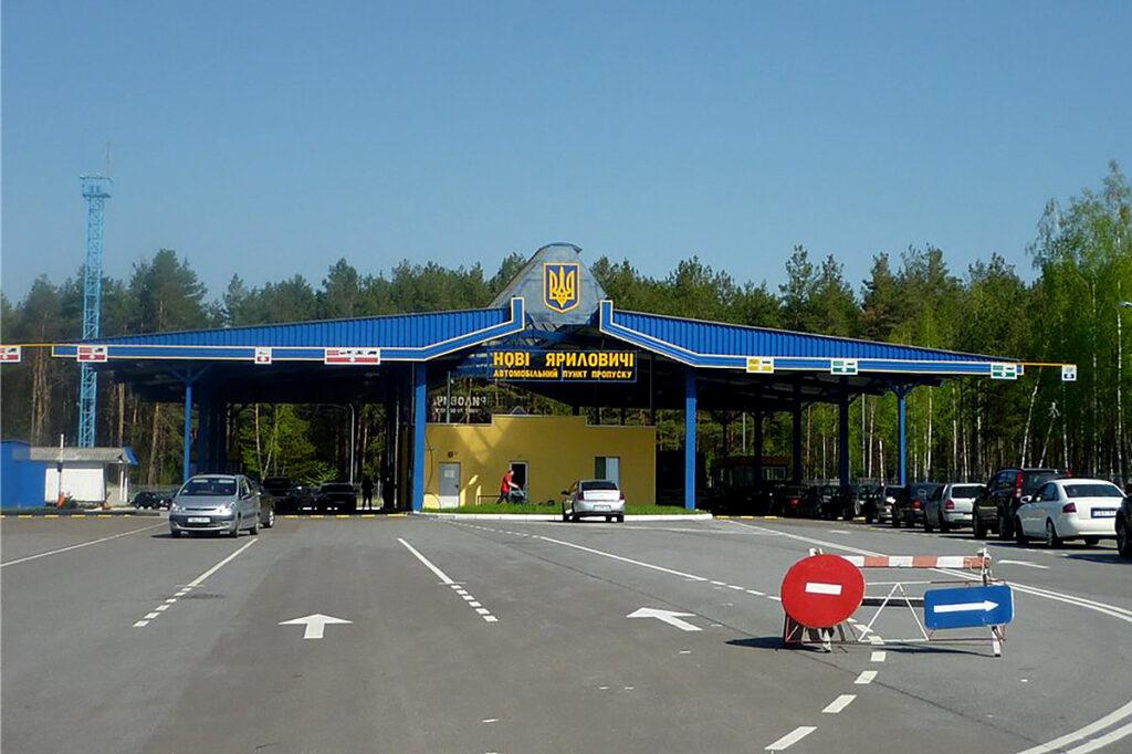 Из Беларуси в Украину и Польшу уехали более 13 000 человек
