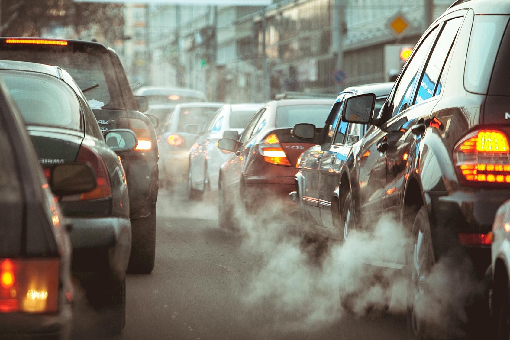 В Великобритании планируют полностью запретить продажу дизельных и бензиновых автомобилей