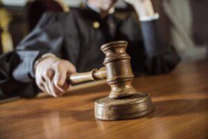 У украинской судьи нашли паспорт РФ и новую квартиру в оккупированном Крыму