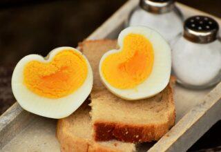 В Украине снизились цены на социальные продукты питания