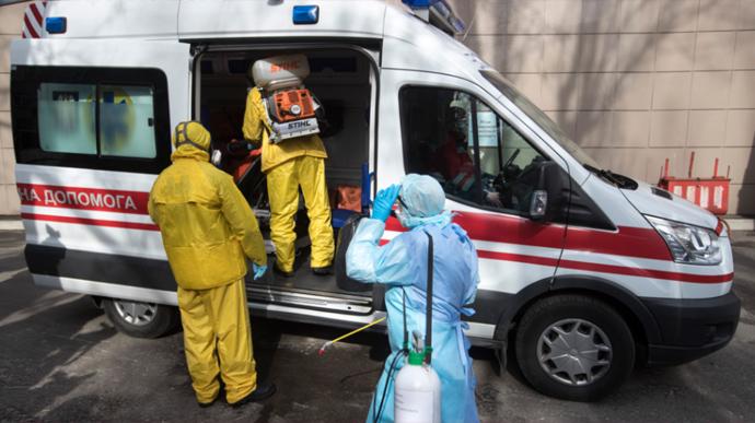 В Киеве за минувшие сутки было зафиксировано 700 случаев заболеваемости на COVID-19, погиб 1 человек