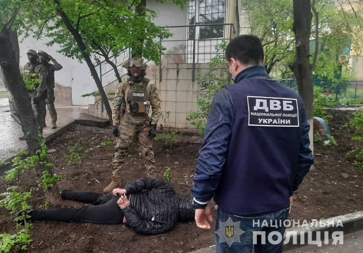 Полицейские Донецкой области разоблачили криминальный бизнес бывшего милиционера