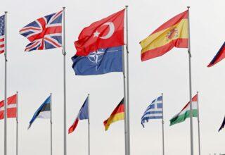 Турция подталкивает союзников по НАТО к смягчению возмущения в отношении Беларуси