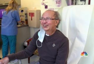 Мужчина получил первую двойную трансплантацию легких от Covid-to-Covid