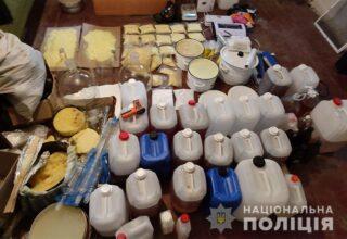 На территории Волынской области полицейские задержали организованную преступную наркогруппировку
