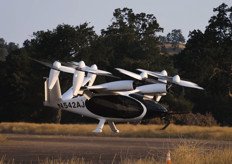 Joby Aviation провела тестовый полёт своего электрического летающего такси