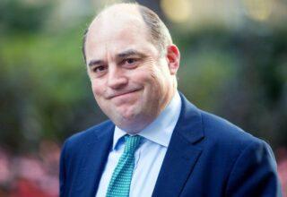 Британский министр обороны расплакался из-за ситуации в Афганистане