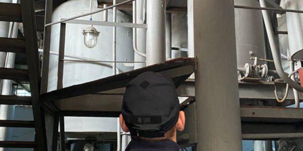 СБУ заблокировала подпольный «мини-завод» по производству алкоголя