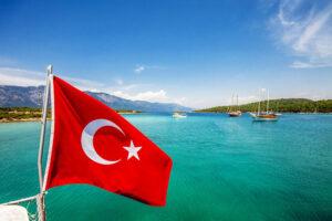 Отели Турции начали раздавать скидки туристам, сделавшим прививку