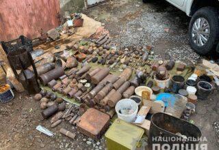 В Ровенской области полиция изъяла арсенал боеприпасов и взрывчатки