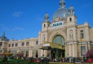Полицейские задержали злоумышленника за ложное сообщение о заминировании Главного железнодорожного вокзала во Львове