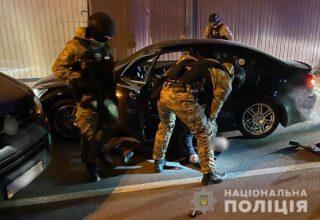 Полиция задержала пятерых наркодилеров и изъяла наркотиков на сумму около 15 млн грн