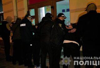 Во Львове полицией задержана банда по подозрению в похищении человека и вымогательстве